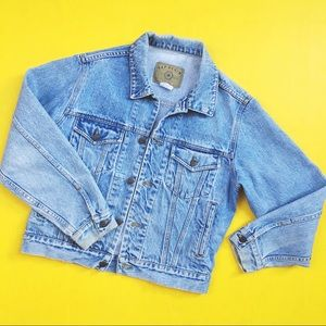 GAP Light-wash Denim Jacket